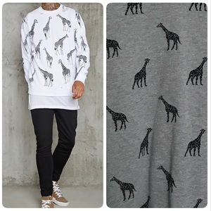 Forever 21 Men's giraffe pullover sweater